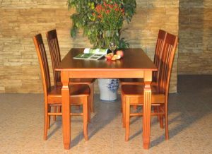 TOP 6 Bộ bàn ăn gỗ xoan đào đẹp làm mê mẩn lòng người